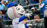 Mets owner Steve Cohen brushes off a fan's criticism for firing general manager