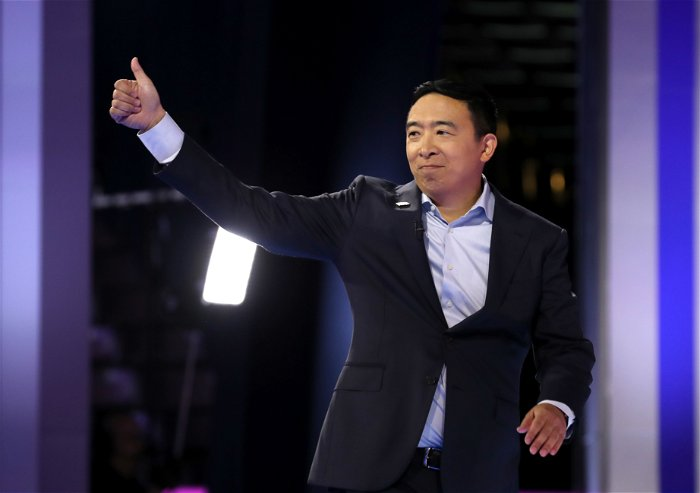 Former presidential candidate Andrew Yang announces NYC mayoral run