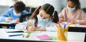 COVID-19 cases rise when schools open, but more so when teachers and students don't wear masks