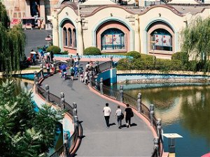 Money Tips Guide to Save On Theme Park Admission Tickets