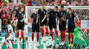 England evolve from set piece-reliant to irresistible creative force