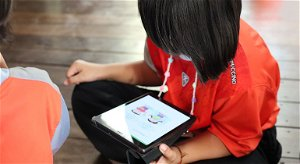 The more you learn, the more you earn: education and poverty alleviation in Thailand