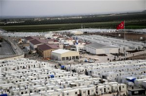 Turkey says it lacks capacity to handle new refugee influx