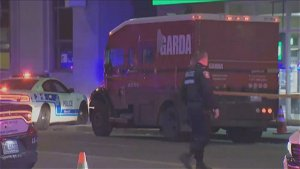 Armoured car held up and robbed in Montreal, police investigating