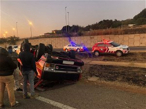 Two killed, 5 injured in West Rand crash