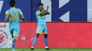 ATK signs Liston Colaco on a record transfer fee from Hyderabad FC