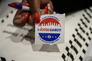 Early voting starts in NY, candidates urge people to polls