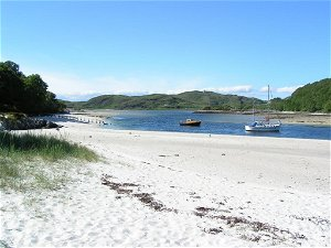 Scotland is stunning, so why destroy it with litter? - Iain Gulland
