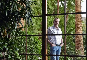Larry Ellison buys an $80 million mansion in South Florida