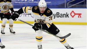 Taylor Hall Sees 'Fit' With Bruins, Wants to Return