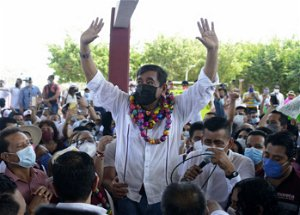 Mexican candidate accused of rape vows to block elections