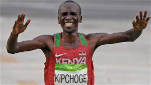 Kenyan Athlete and Olympic Champion Eliud Kipchoge Gets $40K in ETH After Auctioning NFTs of 'Key Moments' – Blockchain Bitcoin News
