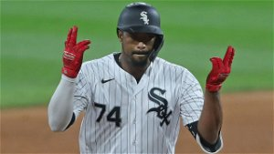Eloy's return 'invaluable' to Sox, says Lucas Giolito