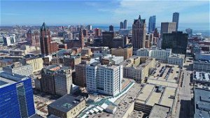 Milwaukee Mayor Tom Barrett and VISIT Milwaukee make an early pitch to host the 2024 Republican National Convention