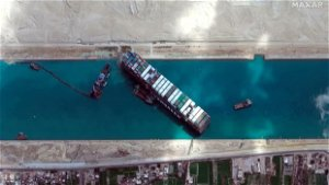 Egypt seeks settlement with ship owner for Suez Canal blockage