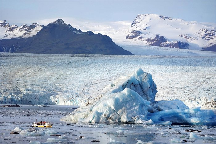 Melting ice sheets caused global sea levels to rise up to 18 metres, scientists say