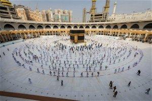 Saudi Arabia bars foreign travellers from Haj over COVID