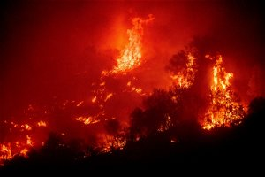 Fire threatening Sequoia National Park grows five times in size, forcing evacuations