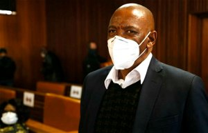 Free State asbestos case: Corruption accused Ace Magashule wants list of witnesses who implicated him