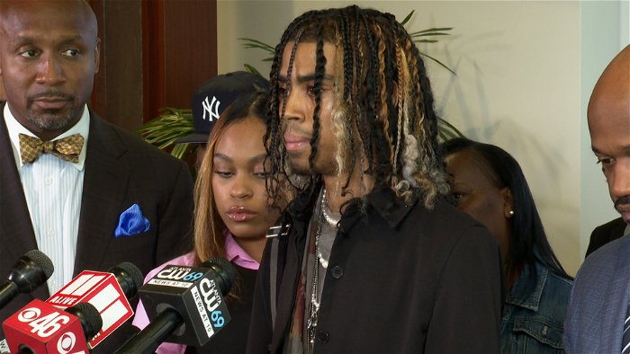 Students pulled from car, stunned by Atlanta police sue