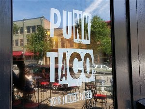 How Did We Miss This? Another Lansing Restaurant Has Just Disappeared