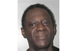 Vegas lawyers: 2 sides to Flavor Flav domestic battery case