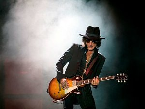 Chatting with Rock and Roll Hall of Famer Joe Perry of Aerosmith