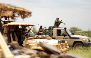 Mali asks Muslim leaders to negotiate with al Qaeda affiliate
