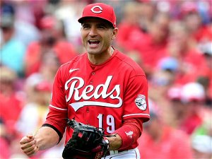 Joey Votto talks Astros cheating scandal, says Houston was not the 'only one doing something wrong'