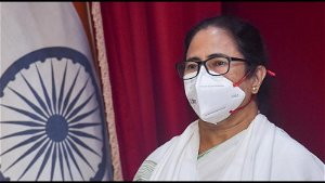 Kolkata: Mamata Banerjee writes to PM Narendra Modi , seeks clarity on oxygen plant supply
