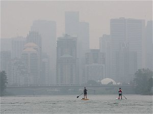 Environment Canada warns of rapidly changing smoke conditions in Calgary