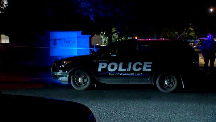 Washington sheriff's deputy fatally shot, two suspects in custody