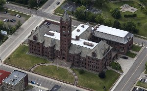 Duluth Public Schools to sell Historic Old Central for $3 million