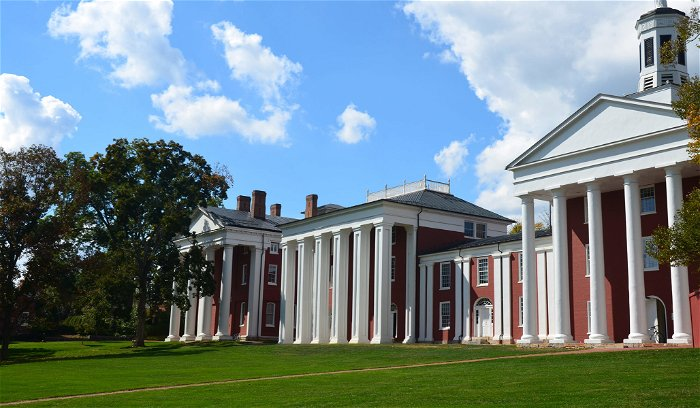 Washington & Lee University to keep Confederate's name