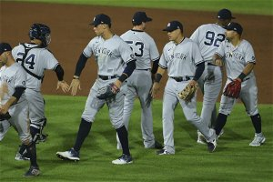 Gio Urshela's quick thinking adds up to another triple play for Yankees
