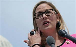 'Don't Touch Me': Kyrsten Sinema confronted in airport for second time this month
