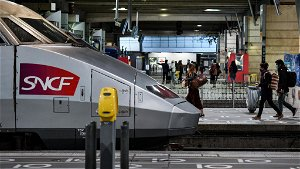 French rail company looks to greener future with zero emission hydrogen trains