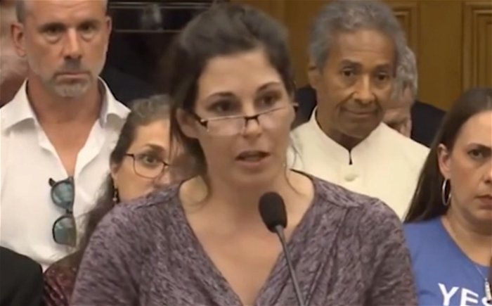 Woman fails to prove the COVID-19 vaccine made her magnetic during Ohio House hearing