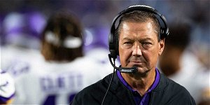 Minnesota Vikings assistant coach Rick Dennison out after refusing COVID-19 vaccine, per report