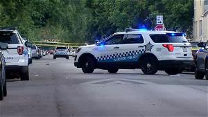 14-year-old boy hurt in West Woodlawn shooting