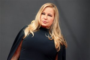 Jennifer Coolidge Has Some... Interesting Ideas For 'Legally Blonde 3'