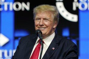 Trump could get big 'bonus' shares in new social media firm