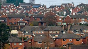 UK households to be offered £5,000 grants to install heat pumps