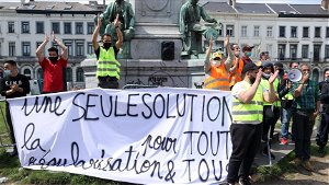 Undocumented migrants protest for rights in Belgium's capital
