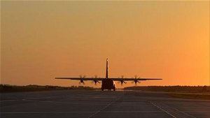 Pakistani officials return after Kabul airport threats